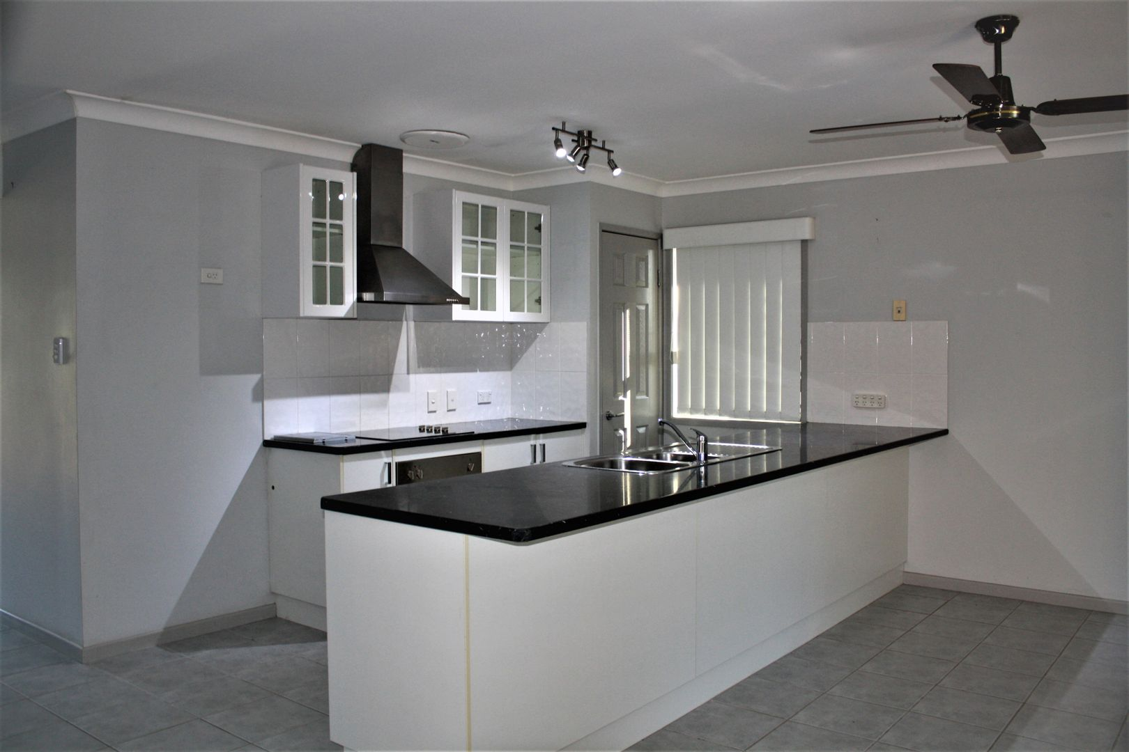54 Caddy Avenue, Urraween QLD 4655, Image 1