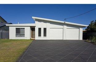 Picture of 2/25 Saleng Crescent, Warana QLD 4575