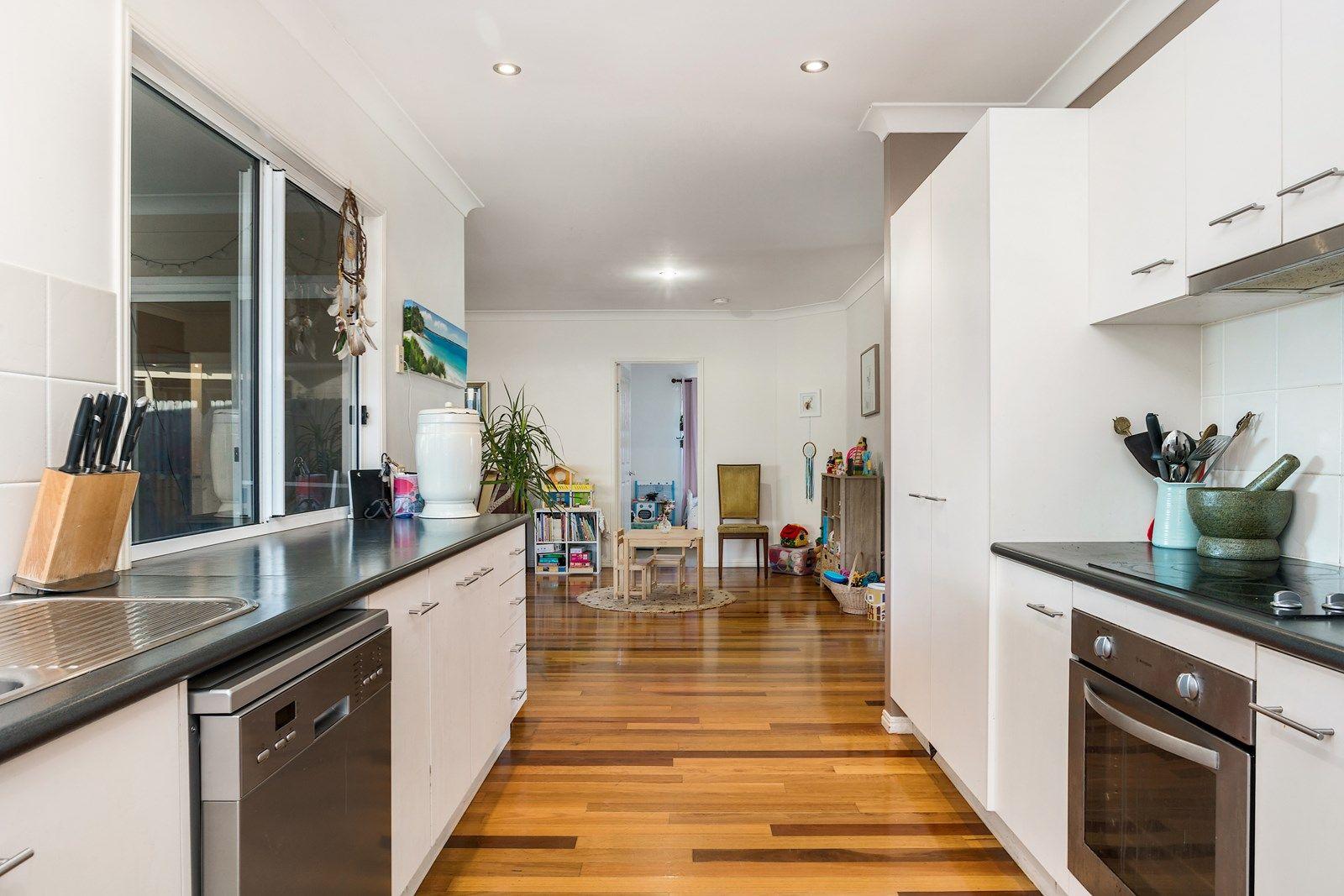 18 Blackwood Crescent, Bangalow NSW 2479, Image 2