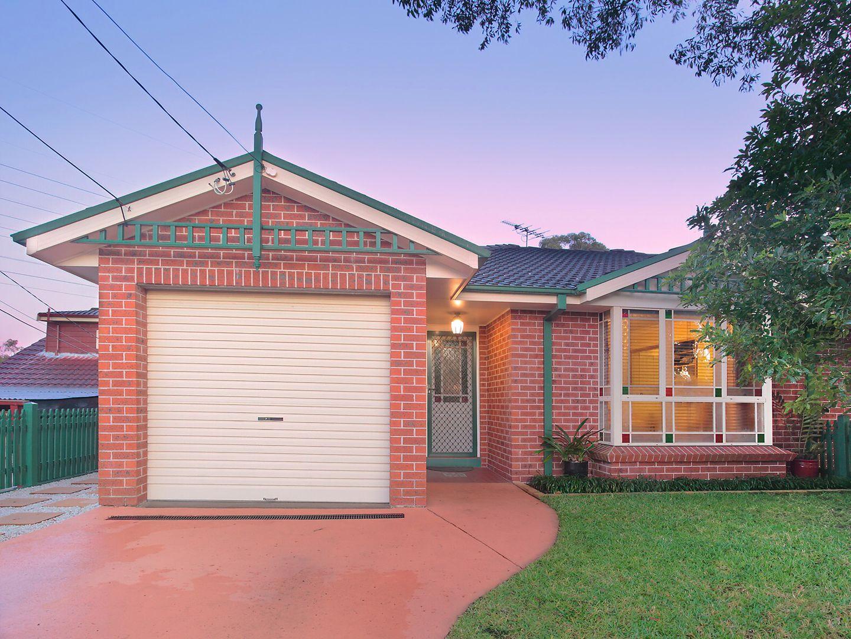 2/4 Flanders Avenue, Mount Kuring-Gai NSW 2080, Image 1