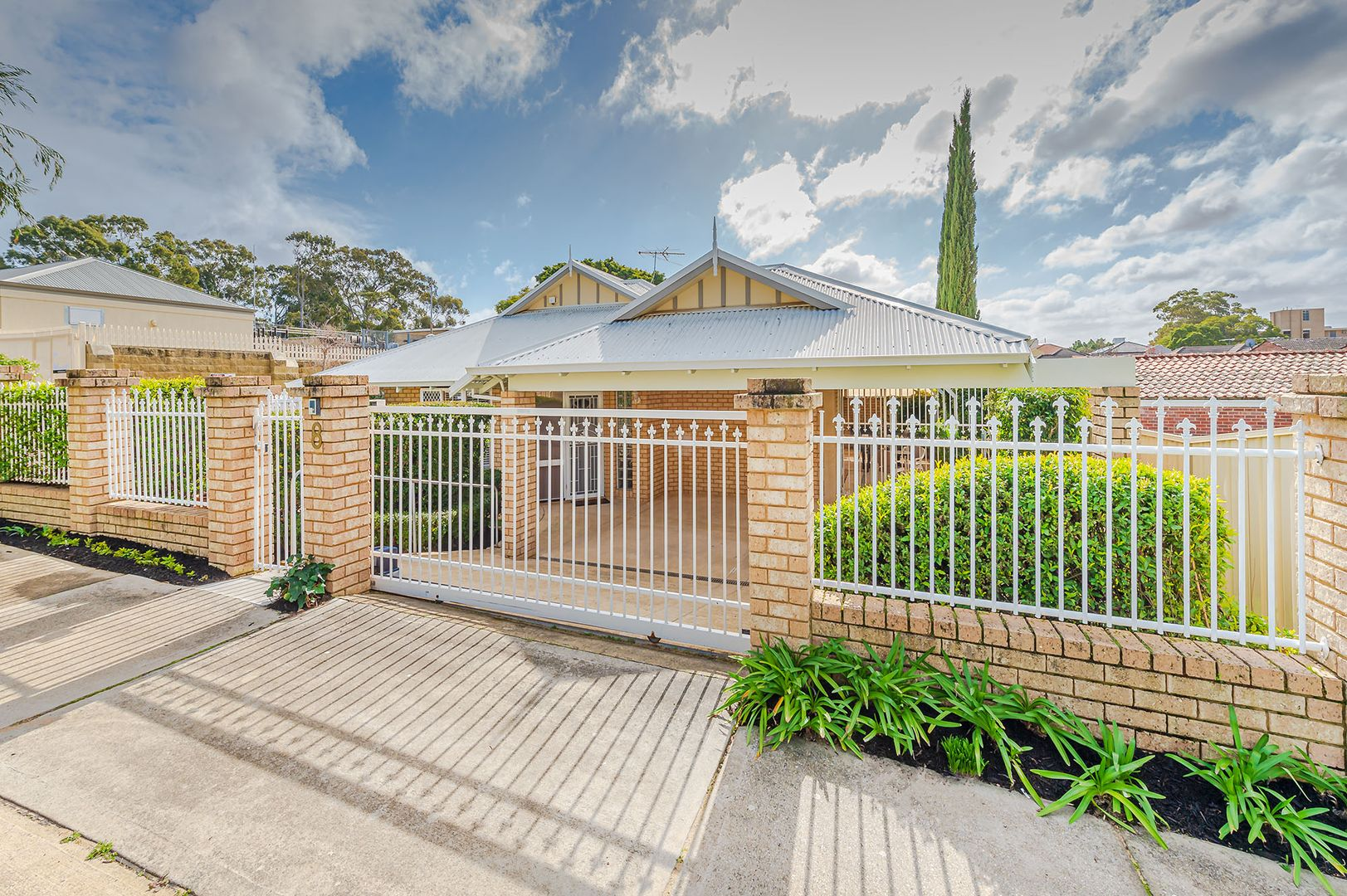 1/8 Clarence St, South Perth WA 6151, Image 1