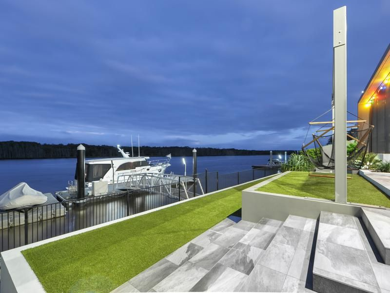 8092 Riverside Drive, Sanctuary Cove QLD 4212, Image 0