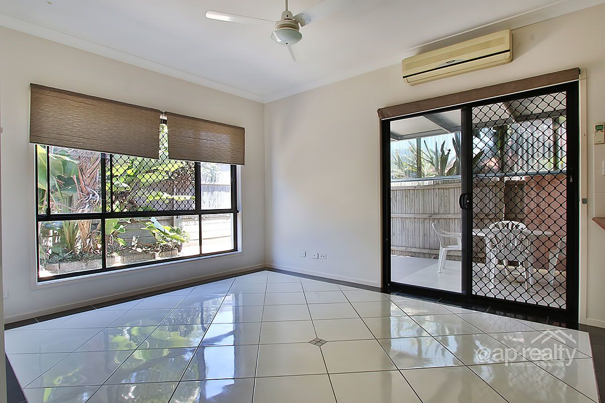 9 Gilberton Crescent, Forest Lake QLD 4078, Image 2