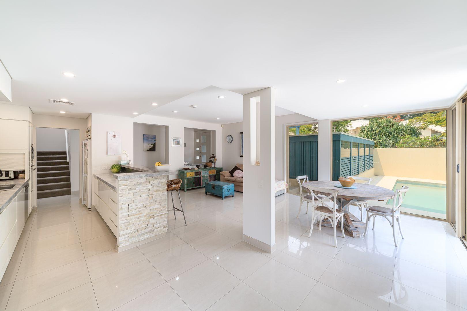 2110 'South Shields' Royal Pines Resort, Benowa QLD 4217, Image 2
