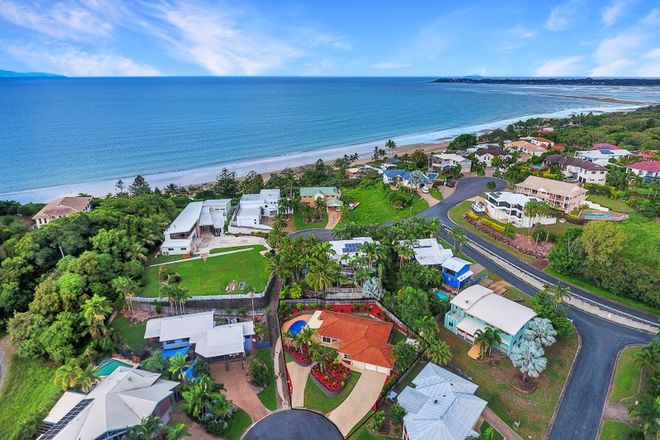Picture of 4 Aquatic Place, BLACKS BEACH QLD 4740