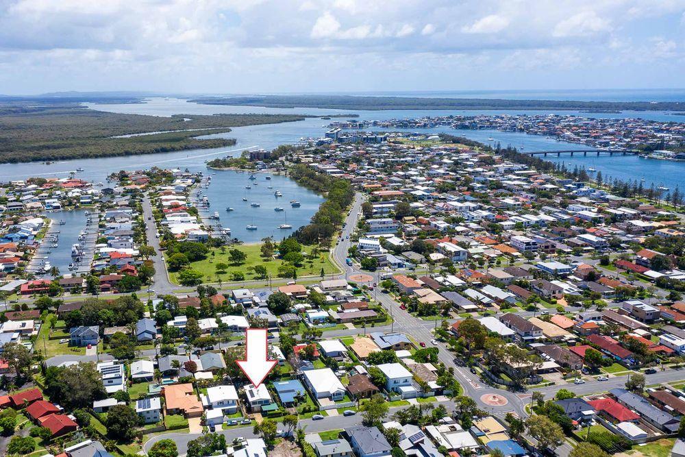 51 Bruce Avenue, Paradise Point QLD 4216, Image 0