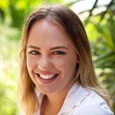 Emily Lock, Leasing Consultant