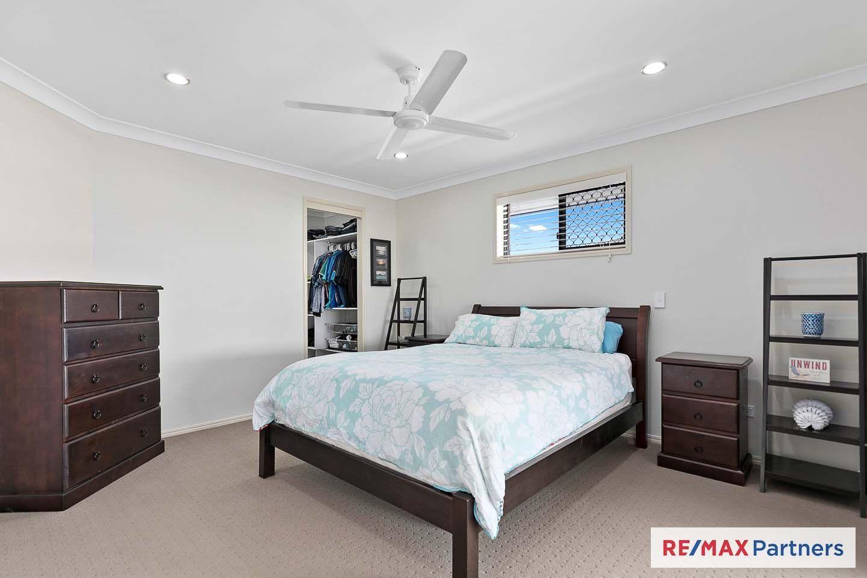 8 Summit Ridge Drive, Nikenbah QLD 4655, Image 2