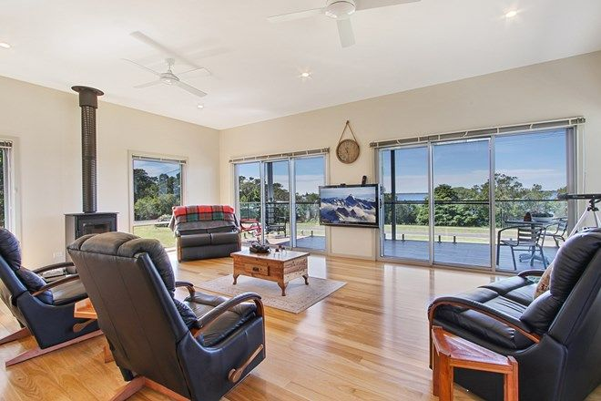 Picture of 70 Beach Road, METUNG VIC 3904