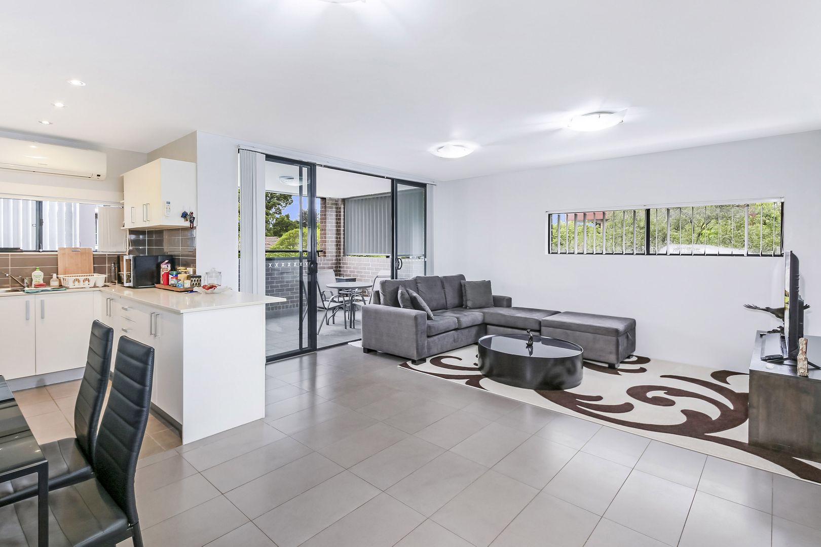 5/213 William Street, Granville NSW 2142, Image 2