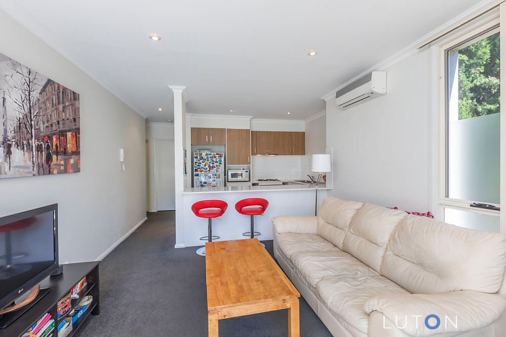 8/11 Forbes Street, Turner ACT 2612, Image 2