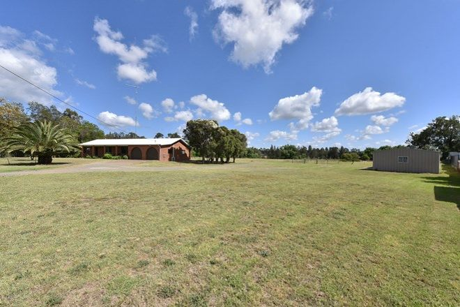 Picture of 4 Buttaba Avenue, CESSNOCK NSW 2325