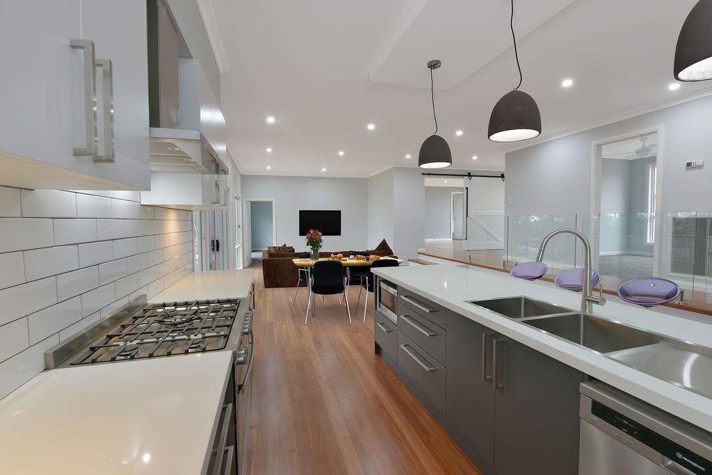 46 St Elmo Avenue, Blackheath NSW 2785, Image 2