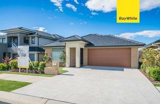 14 Evans St, Oran Park NSW 2570
