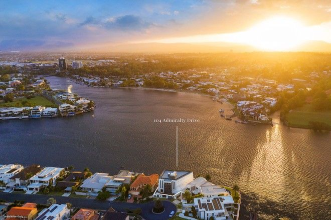 Picture of 104 Admiralty Drive, PARADISE WATERS QLD 4217