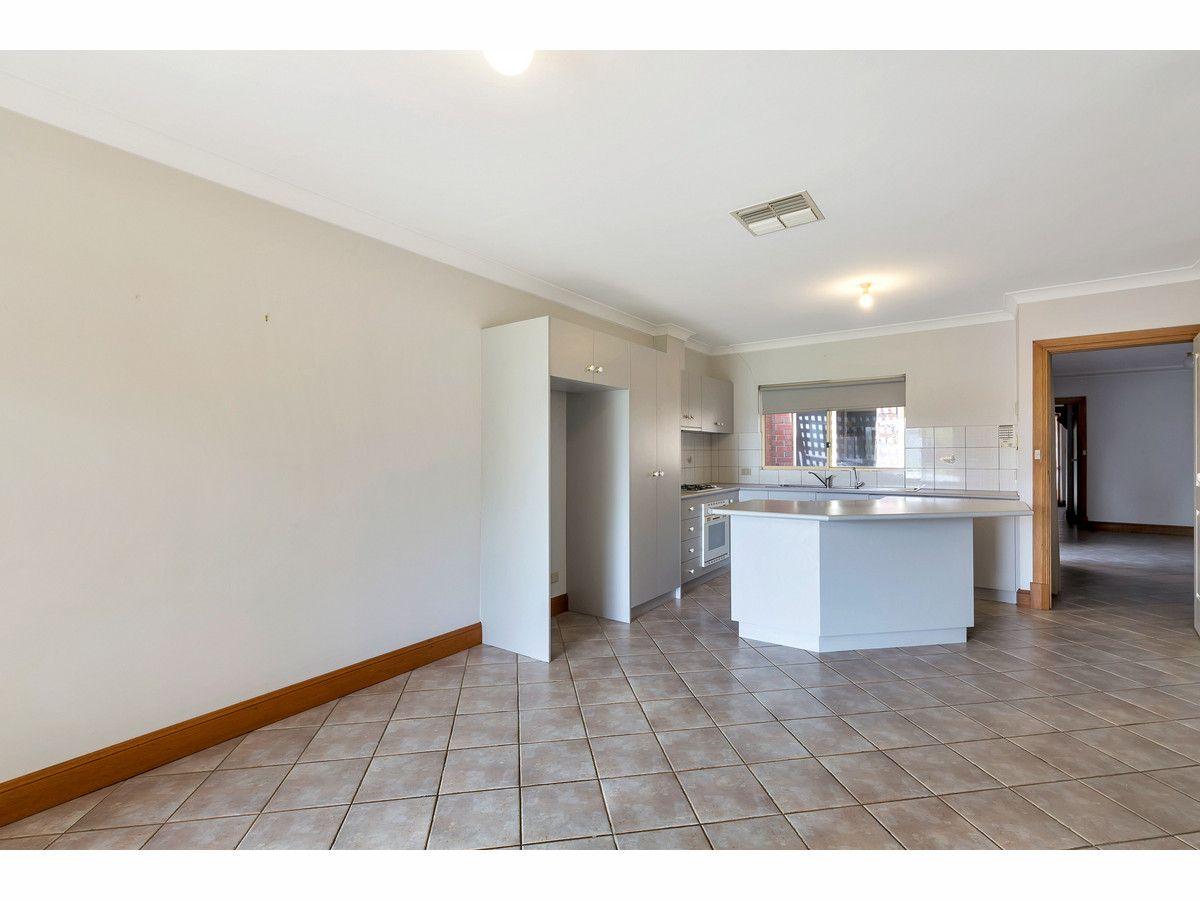 2 / 20 Hilltop Avenue, Felixstow SA 5070, Image 1