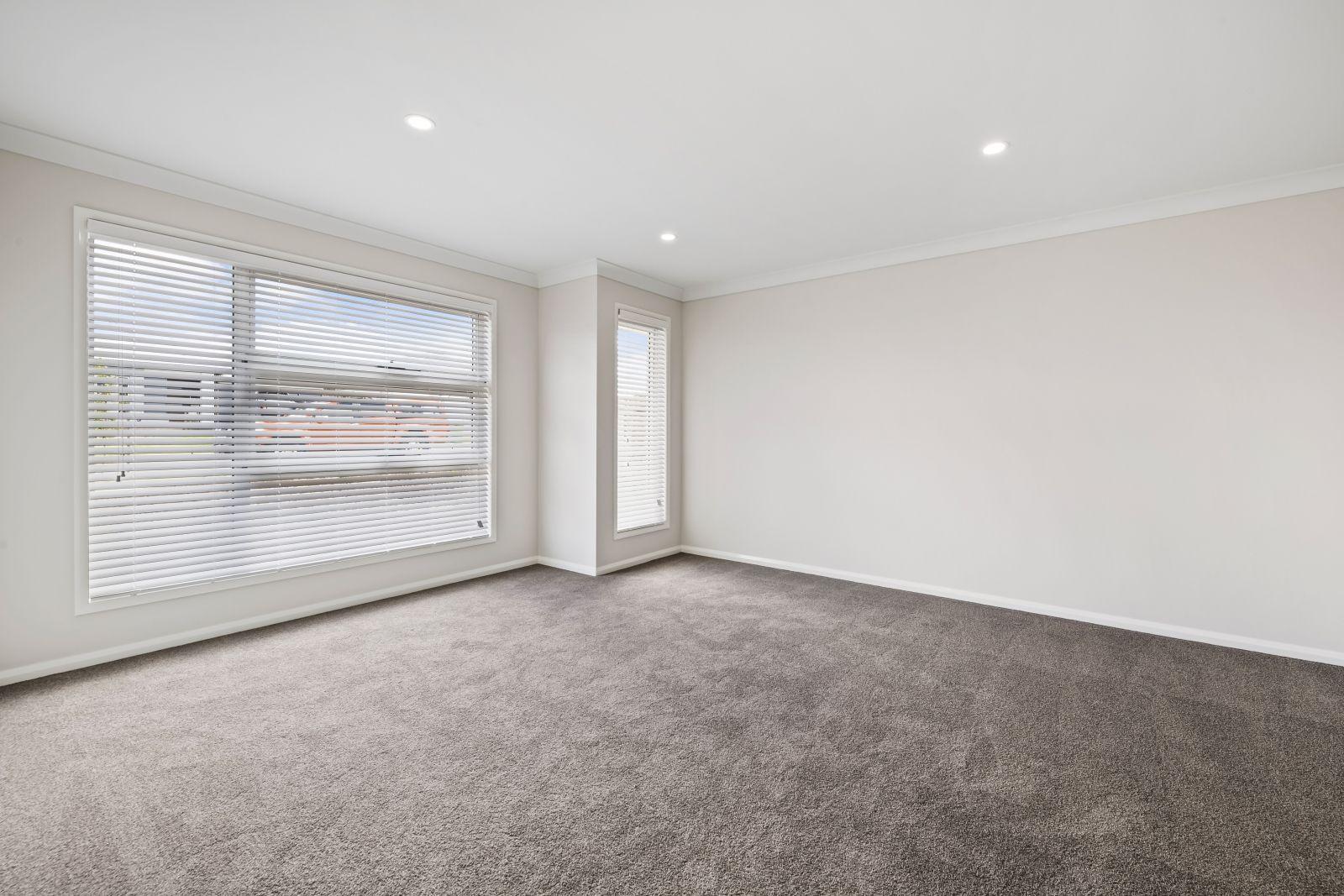 62 Velodrome Drive, Kearneys Spring QLD 4350, Image 2