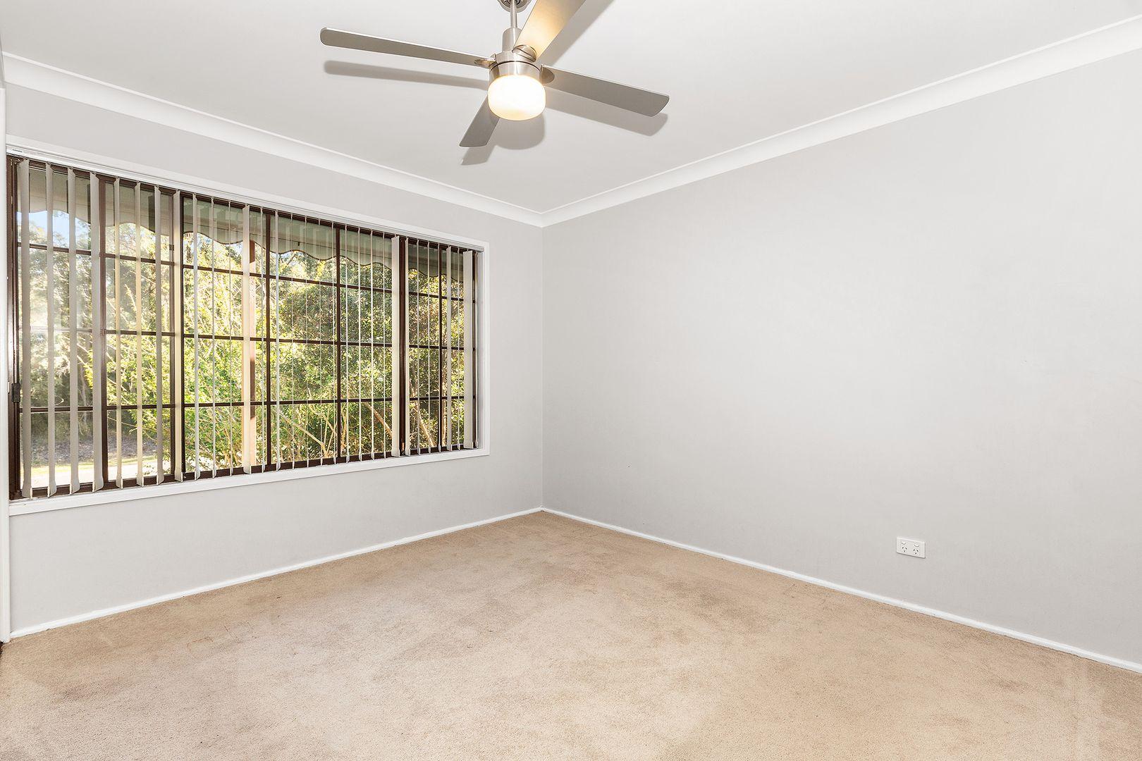 13 Deschamps Close, Thornton NSW 2322, Image 1