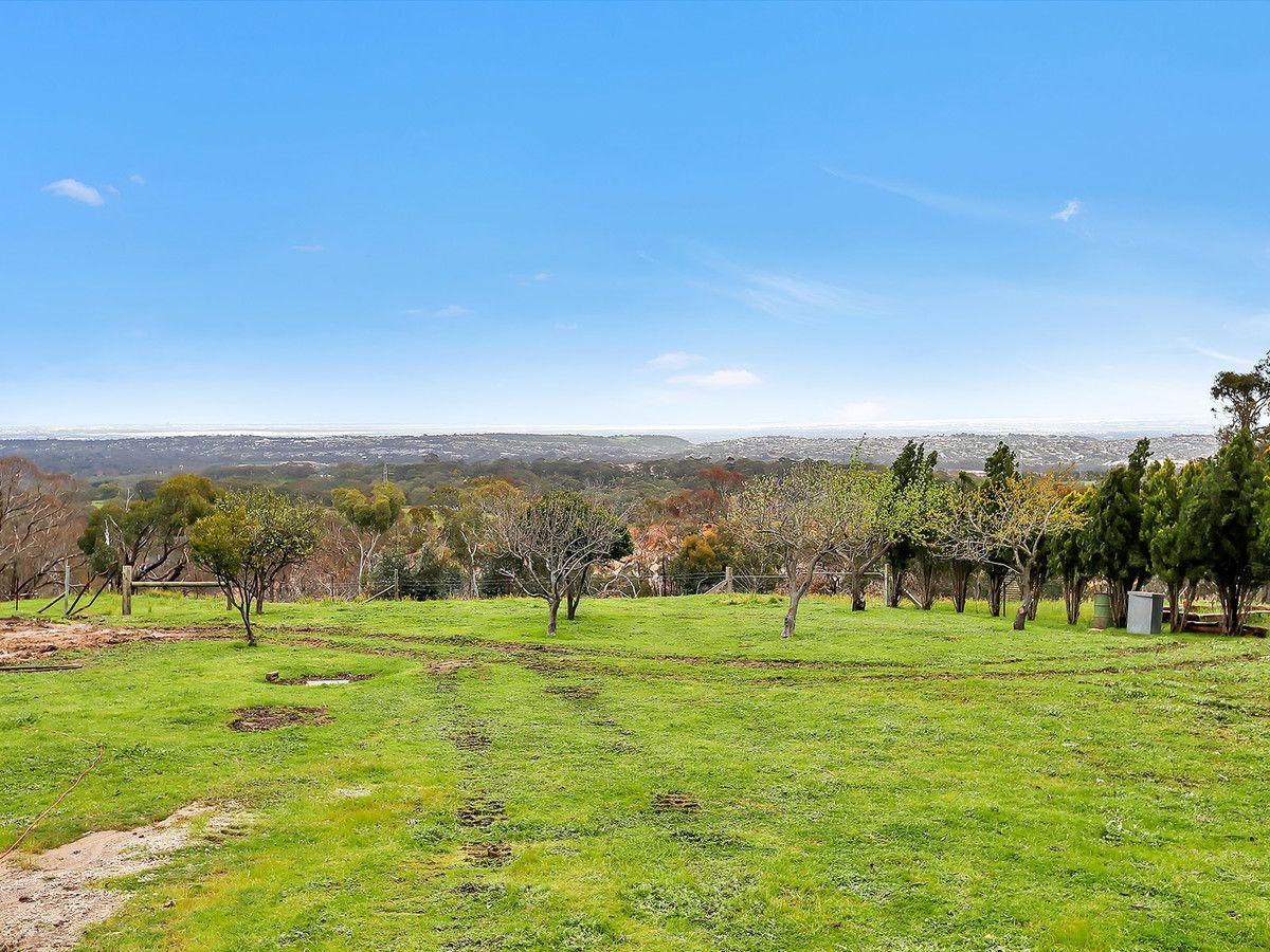166 Range Road North, Upper Hermitage SA 5131, Image 2