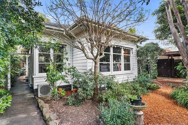 Picture of 141 Roslyn Road, BELMONT VIC 3216