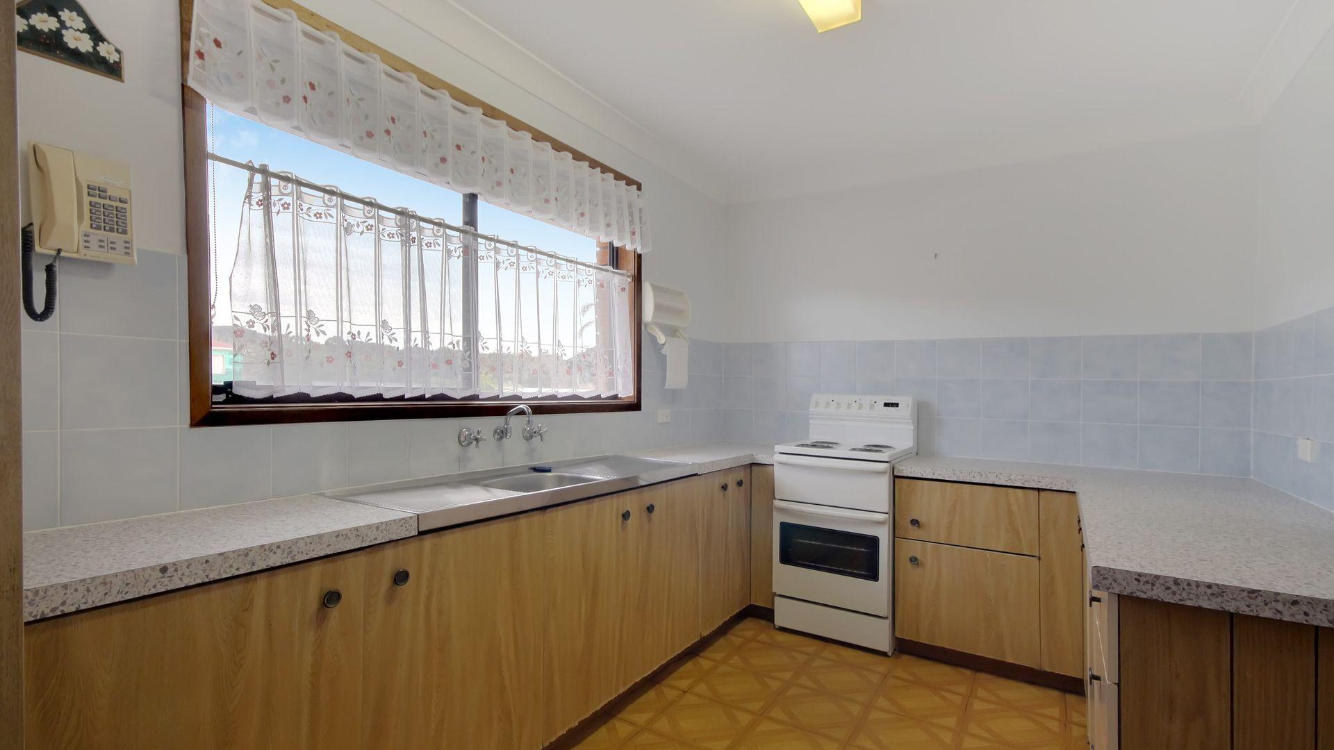 70 Thomas Mitchell Road, Killarney Vale NSW 2261, Image 2