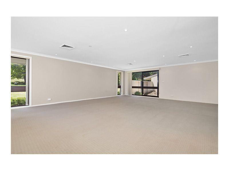 38 Ashford Ave, Castle Hill NSW 2154, Image 2