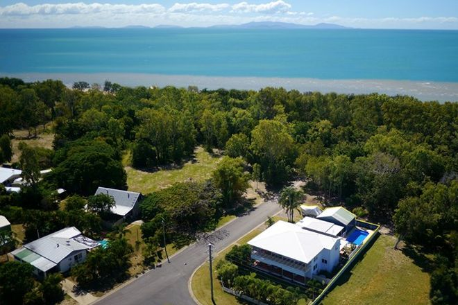 Picture of 32 Madelaine Dr, BALGAL BEACH QLD 4816