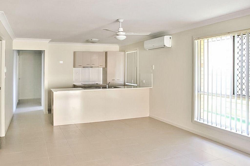 4 Preston Court, Glenvale QLD 4350, Image 1