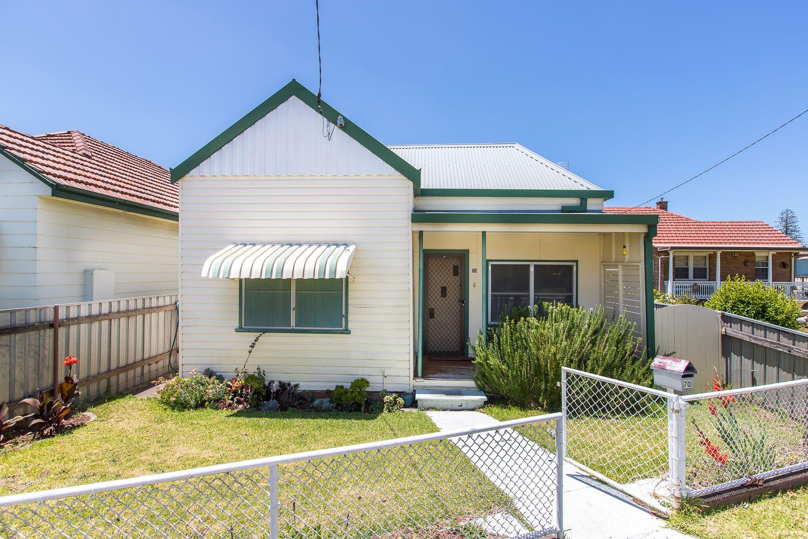 70 Fullerton Street, Stockton NSW 2295, Image 2