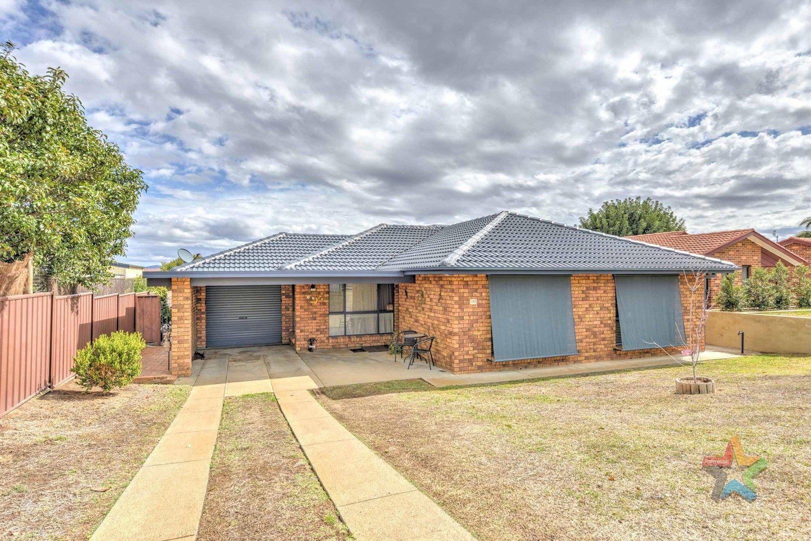 3 Camira Crescent, Tamworth NSW 2340, Image 0