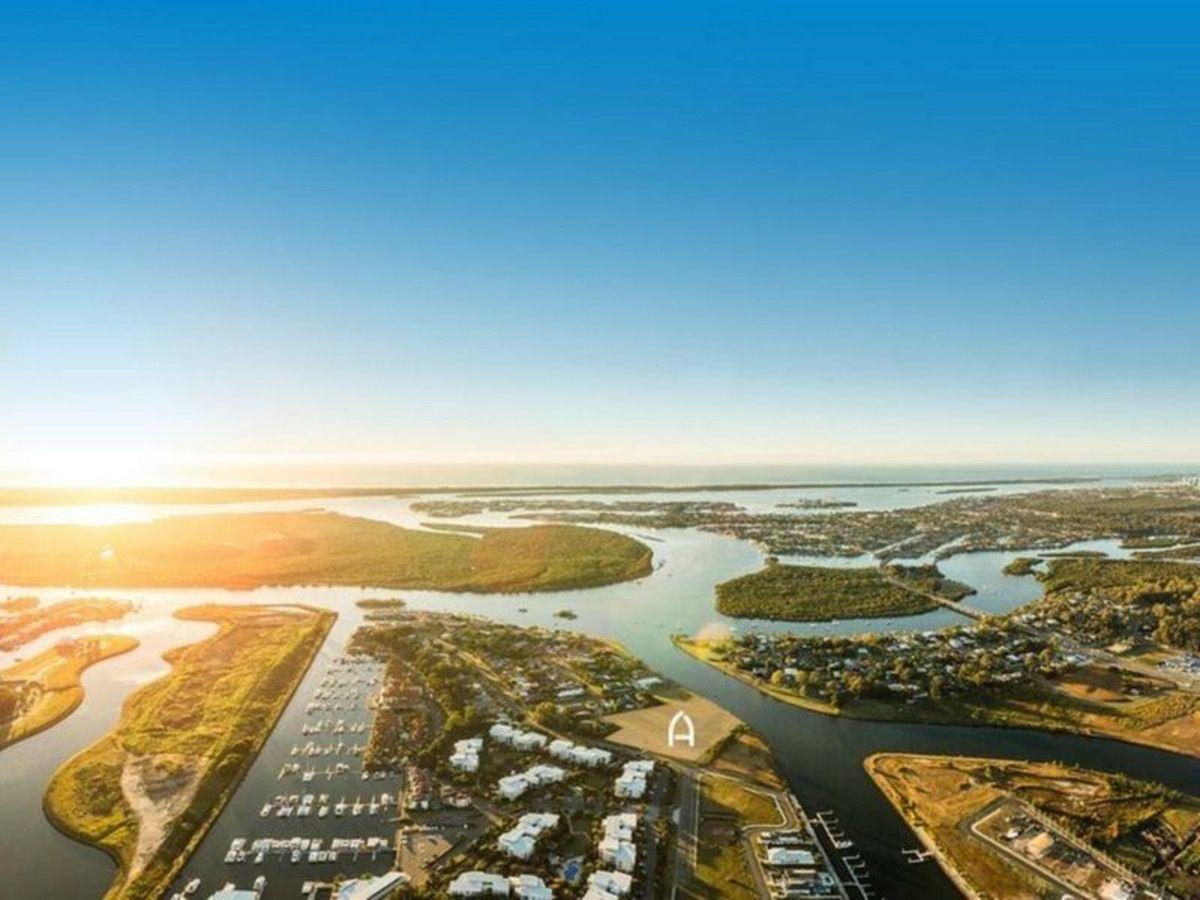 Hope Island QLD 4212, Image 1