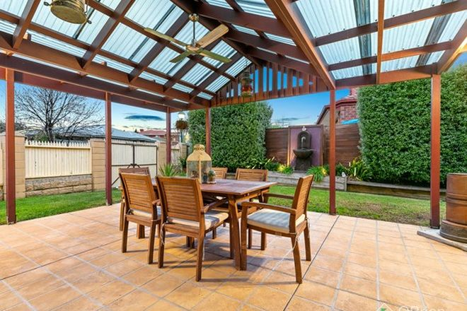 Picture of 1 Deakin Court, BERWICK VIC 3806