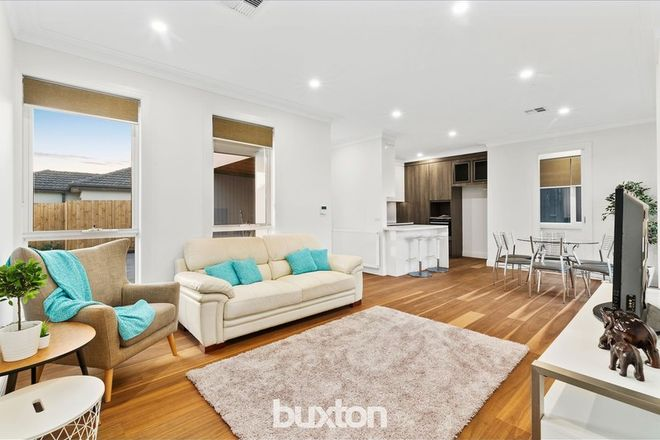 Picture of 2/31 Hillside Street, SPRINGVALE VIC 3171