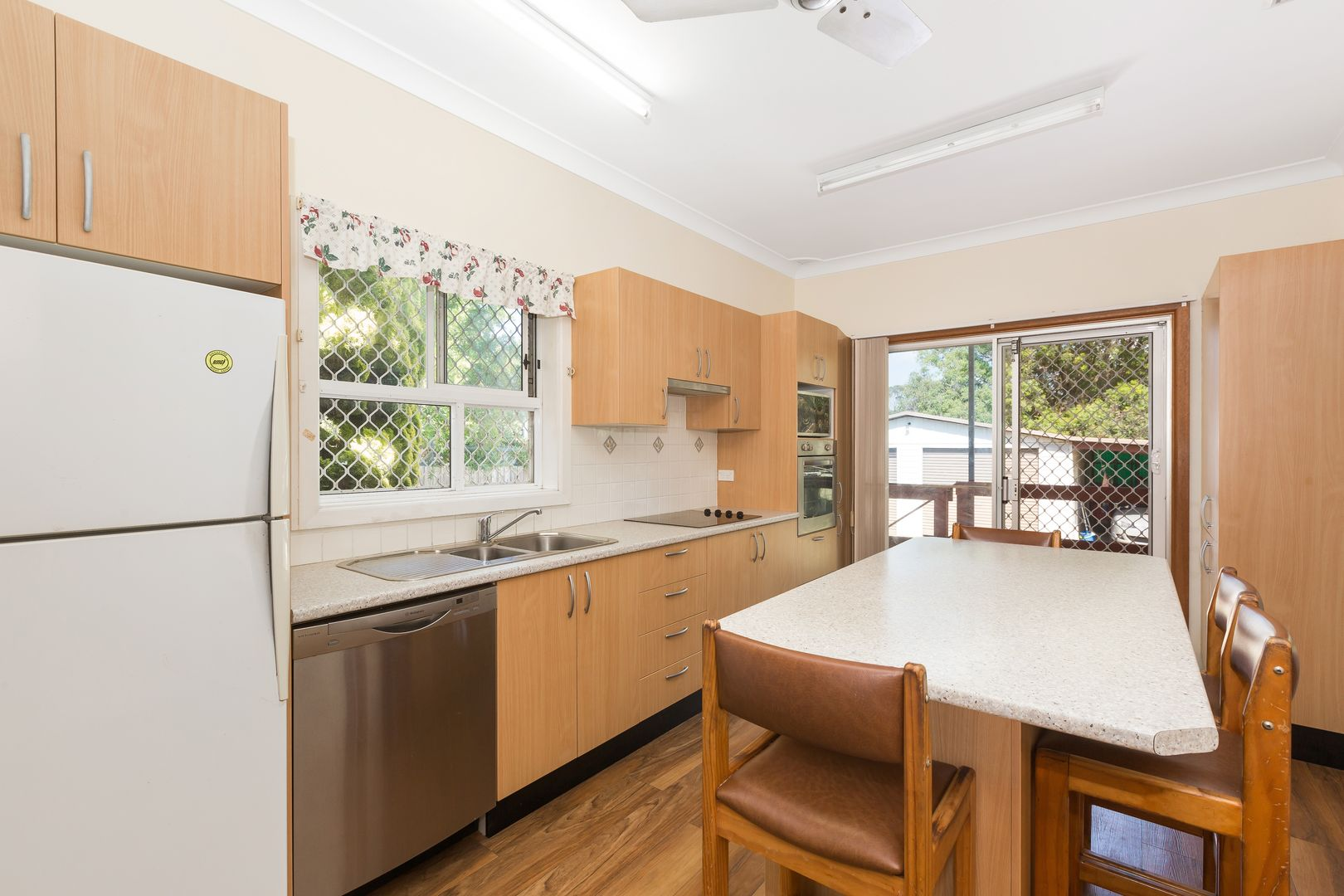 13 Kirkwood Road, Cronulla NSW 2230, Image 2