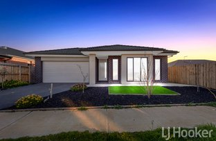Picture of 27 Cornwell Street, Melton South VIC 3338