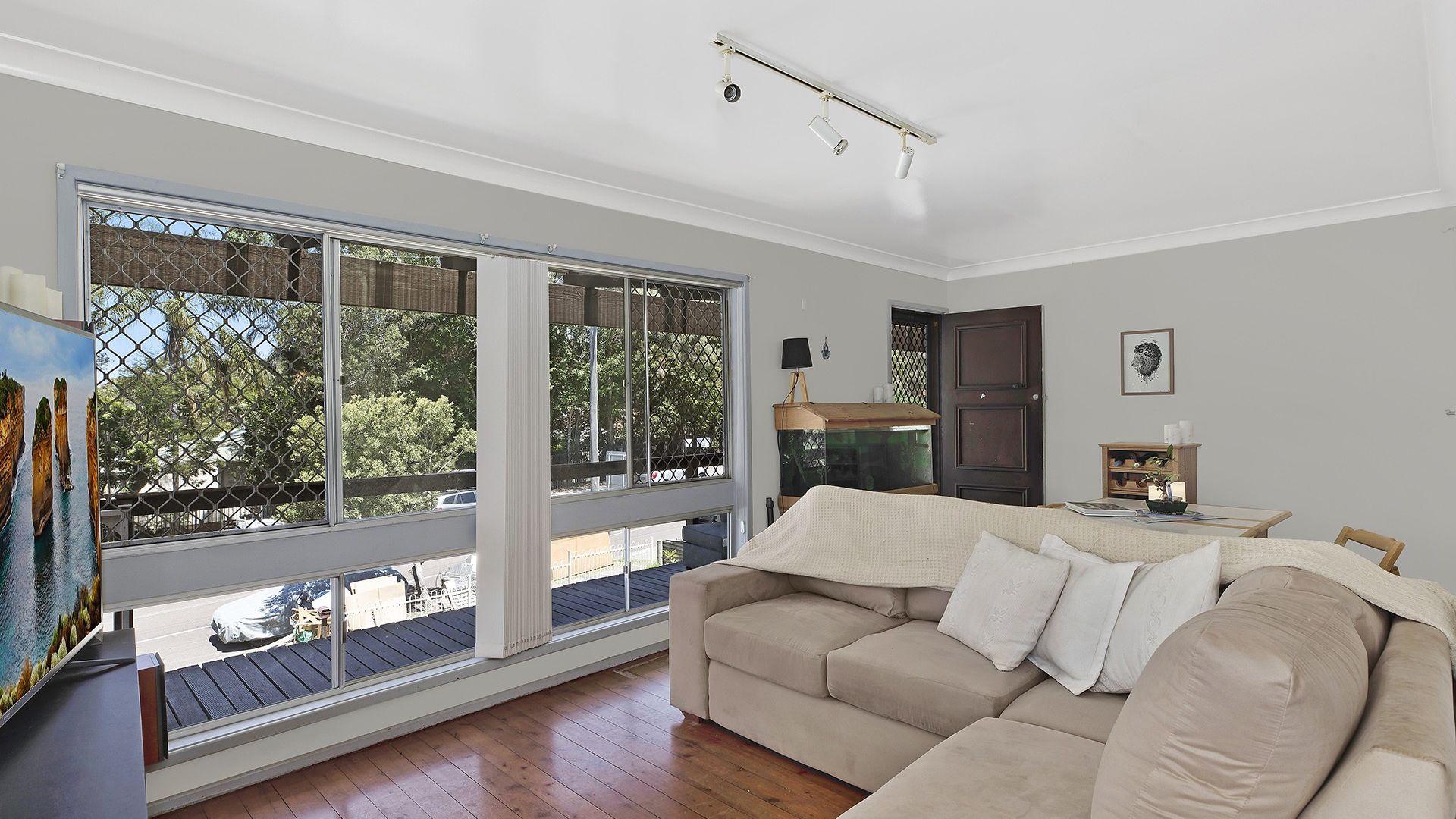 11 Pindarri Ave, Berkeley Vale NSW 2261, Image 2