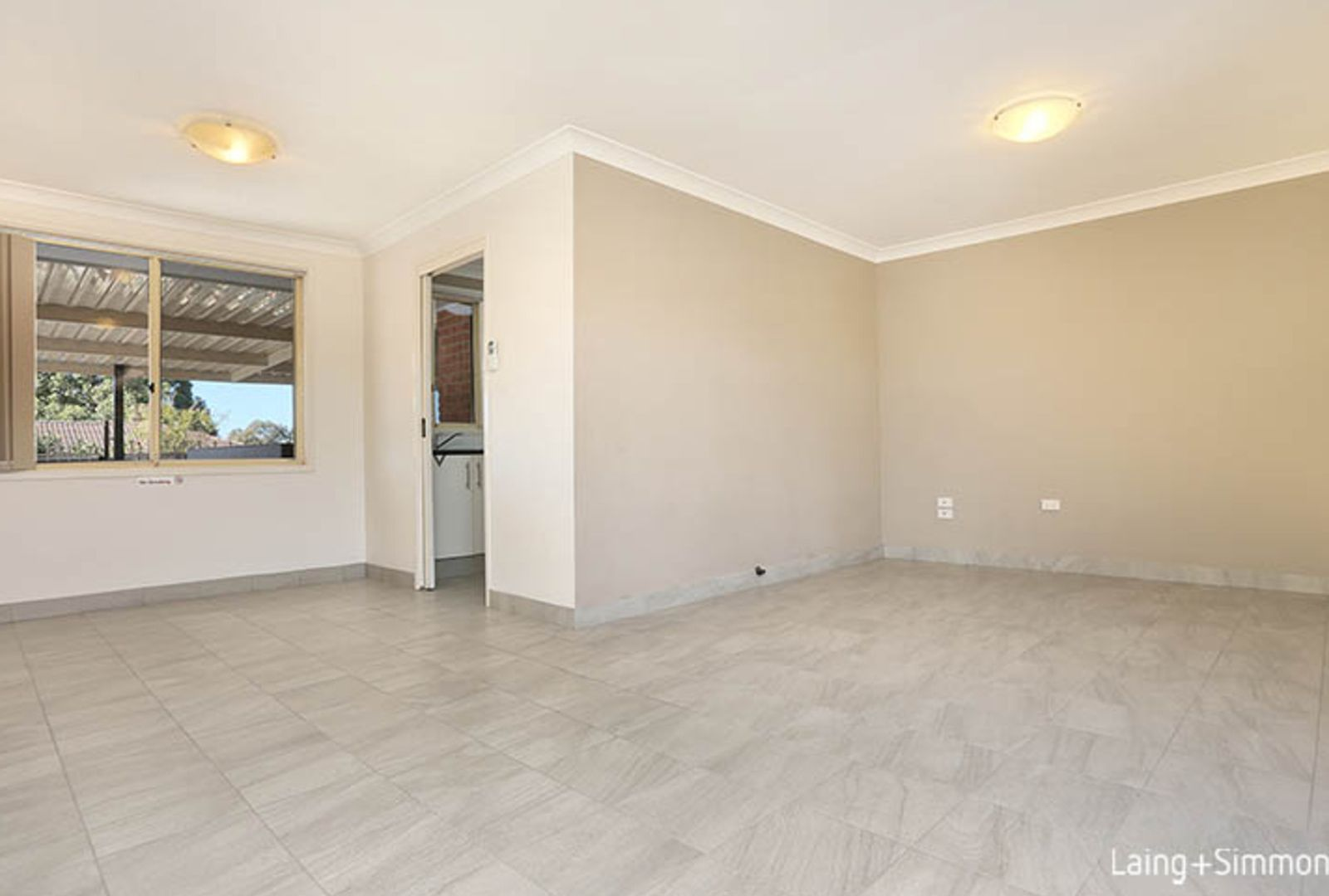 32 Glenton Street, Abbotsbury NSW 2176, Image 2