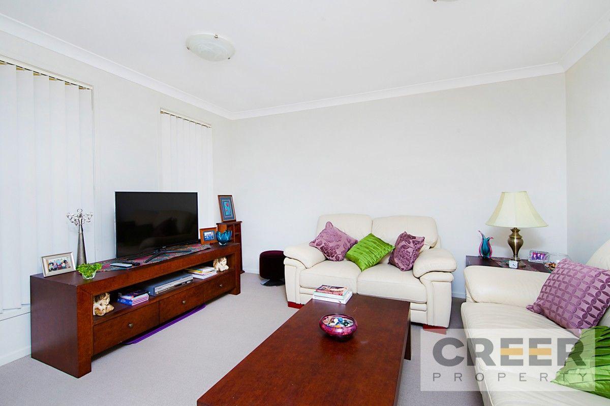 4 Mileham Circuit, Rutherford NSW 2320, Image 2