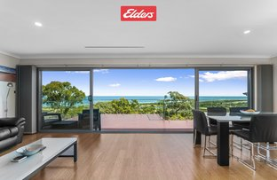 Picture of 30 Ocean View Parade, Lakes Entrance VIC 3909