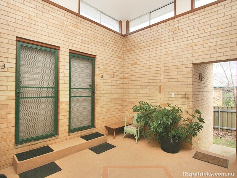 2/9 Marloo Crescent, Kooringal NSW 2650, Image 1