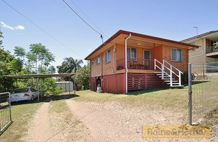 Picture of 5 Dawn Parade, Riverview QLD 4303