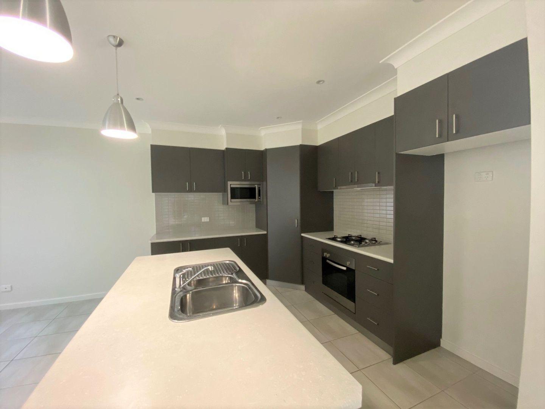 21 Barrington Street, Tatton NSW 2650, Image 2