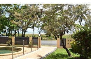 Picture of 1/53 Sims Esplanade, Yorkeys Knob QLD 4878