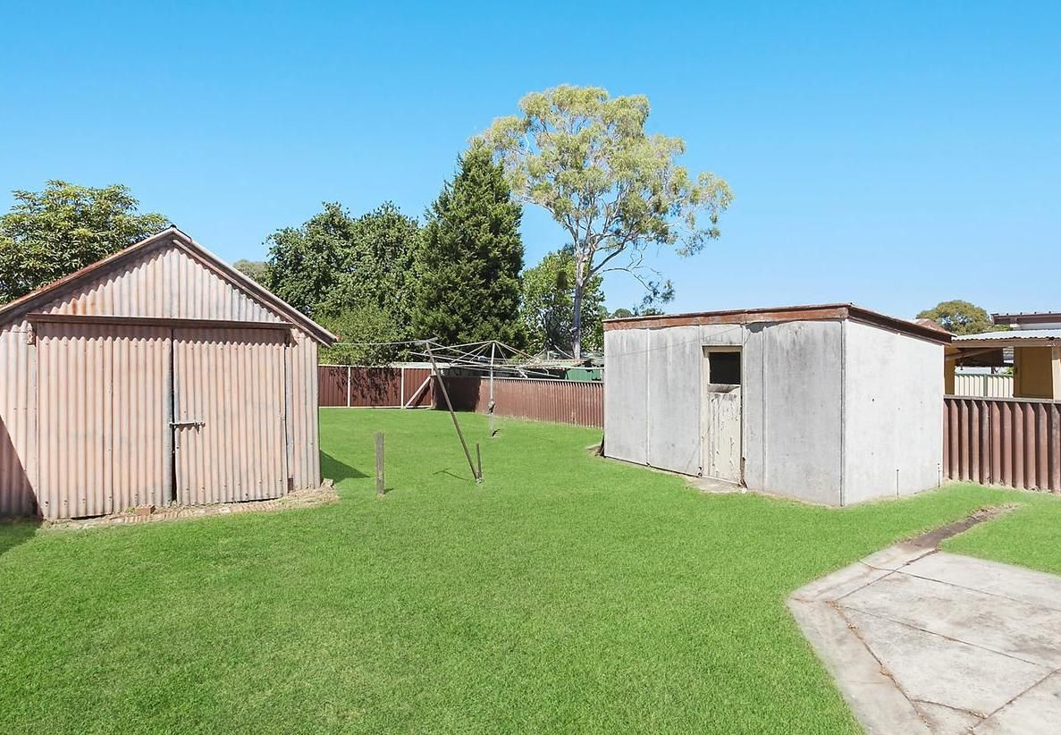 45 BEACONSFIELD RD, Revesby NSW 2212, Image 2