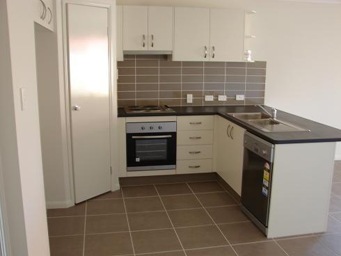 8 Blaxland Court, Laidley QLD 4341, Image 2