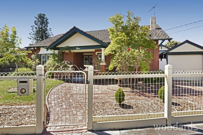 Picture of 3 Newham Grove, ORMOND VIC 3204