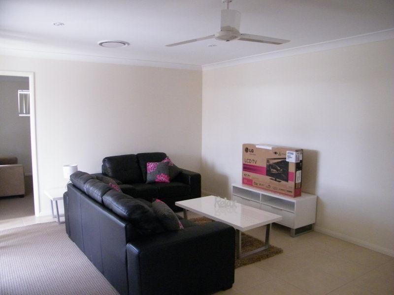 79 Windmill Road, Chinchilla QLD 4413, Image 2