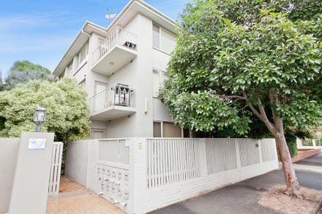 Picture of 10/5 Milton Street, ELWOOD VIC 3184