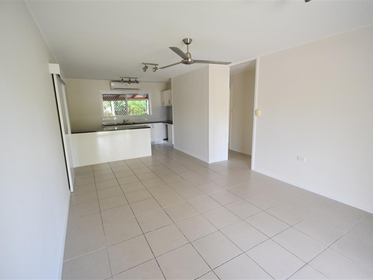 1/419 Varley Street, Yorkeys Knob QLD 4878, Image 2