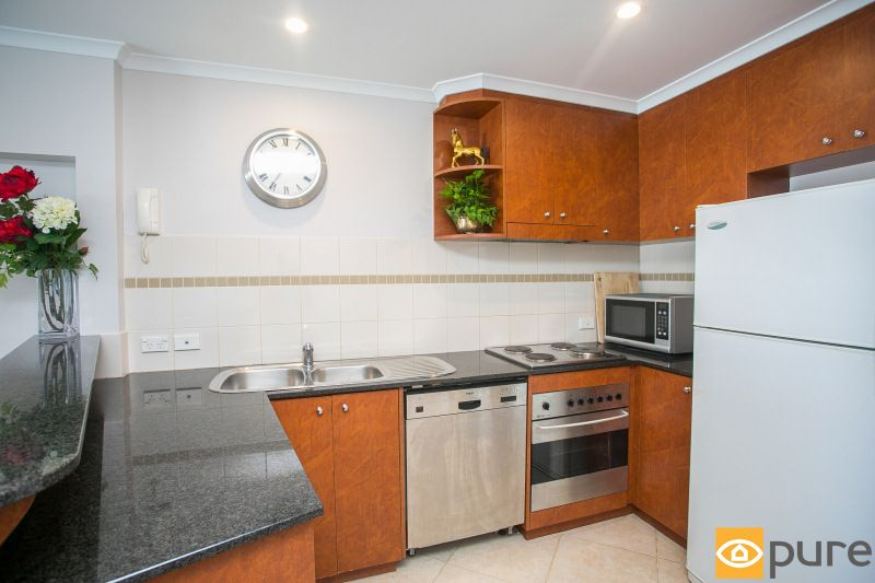 24/2 Outram Street, West Perth WA 6005, Image 2